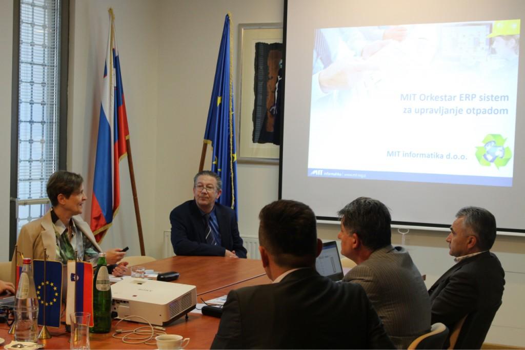 MIT_informatika_Otpadki_Srbija